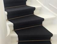 Sisal på trappe med stænger